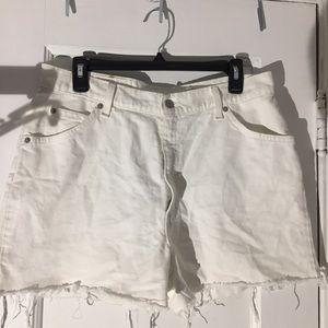 Levis White Denim Shorts